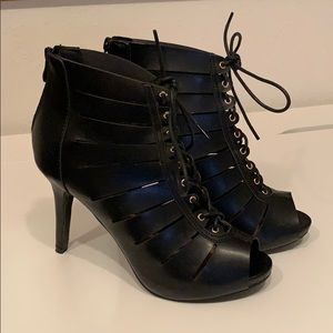 Black cut-out open toe faux leather ankle boots